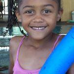 """Colo enfant montagne Serre Chevalier """"J'apprends à nager"""", une colo à la piscine"""