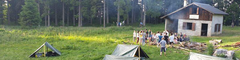 Slackline bivouac chamrousse centre de vacances DDCS voyage scolaire APPN